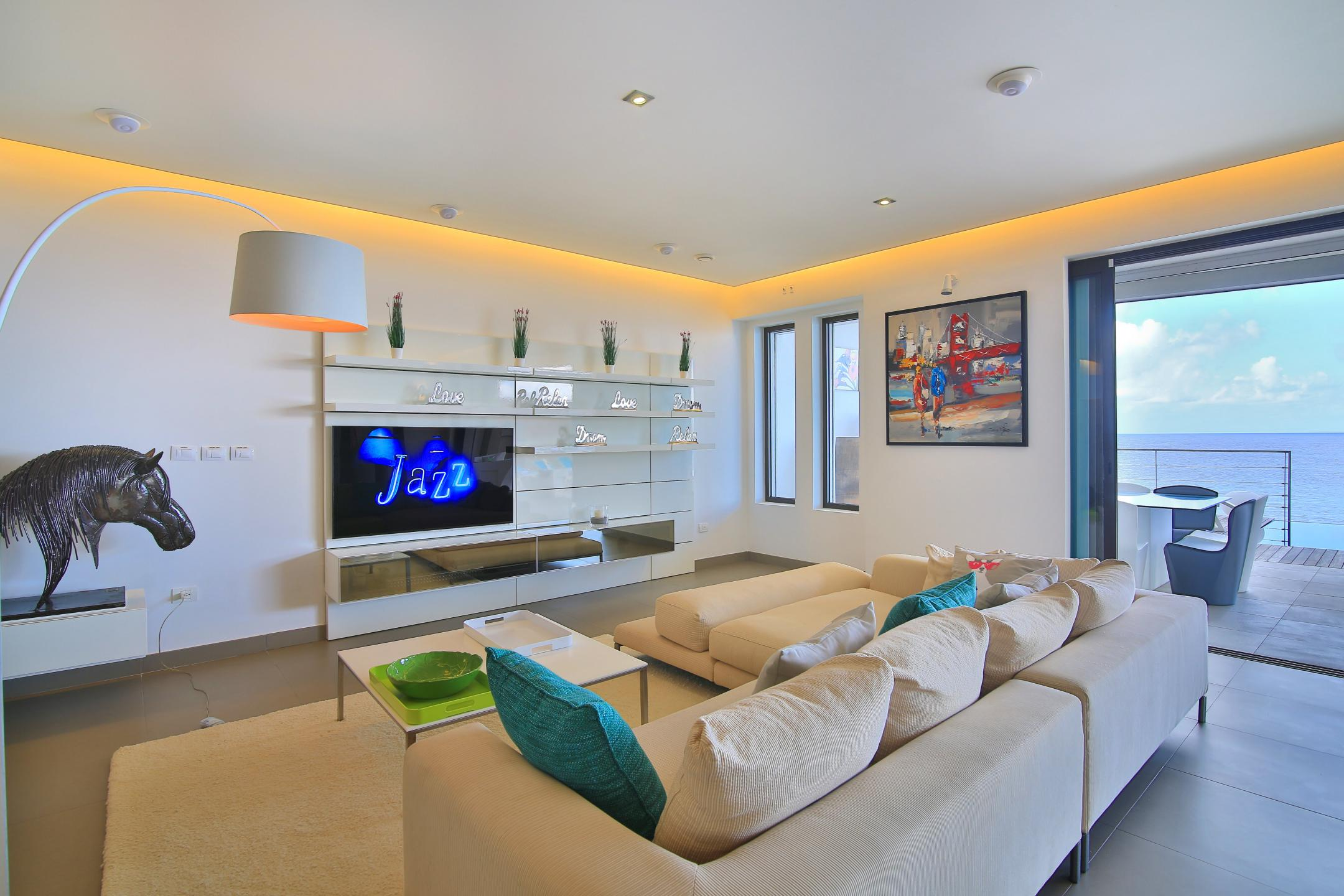 Beacon hill apartment 3 bedroom 3 bath 291 simpson for 12 by 16 room